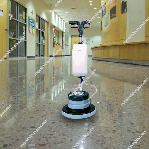 Camry một trong những thương hiệu máy chà sàn - thảm công nghiệp được ưa chuộng
