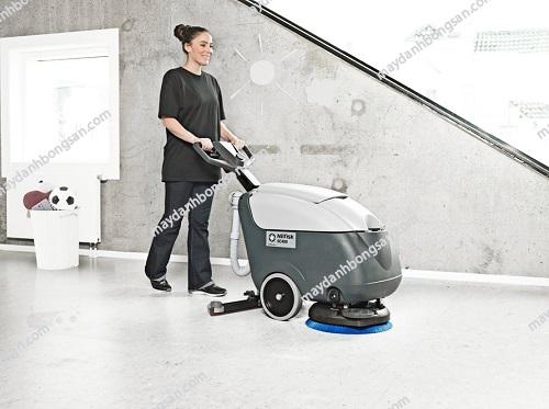 Sử dụng máy chà sàn liên hợp đúng cách giúp tiết kiệm điện năng