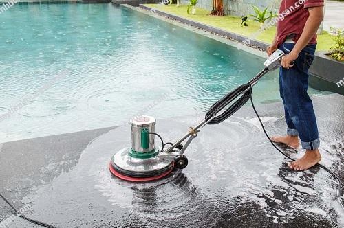 Người dùng nên sử dụng máy đánh bóng sàn nhà xưởng chính hãng để hạn chế rủi ro xảy ra