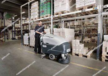 Xưởng in có diện tích lớn nên dùng máy chà sàn liên hợp để nâng cao hiệu quả vệ sinh