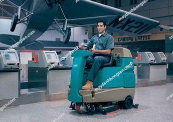Lựa chọn máy chà sàn ngồi lái giúp giảm chi phí thuê mướn nhân viên vệ sinh