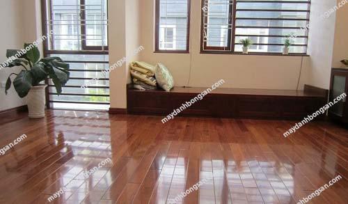 Sàn nhà sạch sẽ giúp không gian thoáng đãng hơn